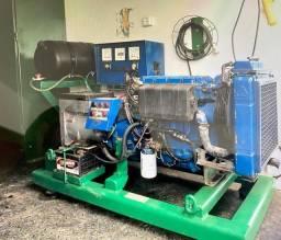 Gerador a diesel de 22 KVA
