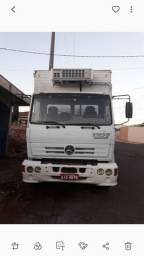 Caminhão Mercedes Benz 1215