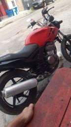 Vendo moto twiste 2003