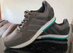 Tênis Adidas 8K. Novíssimo.