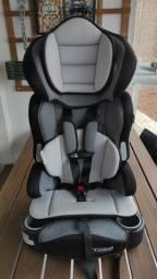 Cadeira cadeirinha auto infnatil Baby Trend com isofix