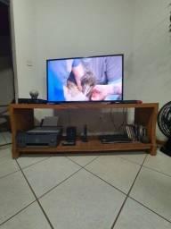 Rack para televisão de madeira maciça
