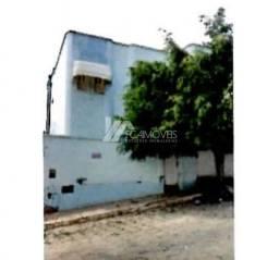 Casa à venda com 3 dormitórios em Centro, Caetité cod:73d7a713f13
