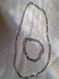 Vendo cordão e pulseira de prata