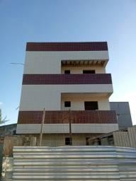 Apartamento no 1º andar bem localizado no Bairro do Cristo