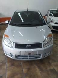 Fiesta Sedan 1.6 Class Completo