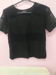 Blusa P médio veste M