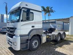 Caminhão Axor 2536 6x2