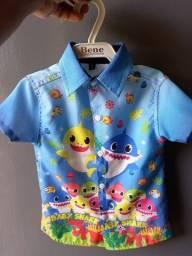 Camisa Baby Shark + Suspensório(usados uma única vez)