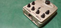 Pedais bass BDI 2 e bass envelope filter