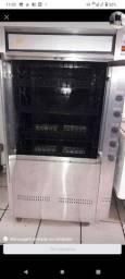 Máquina de frango e costela