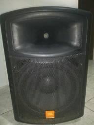 Caixa de Som Ativa JS151A 200W com pedestal