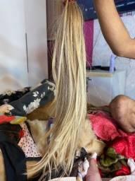 Mega hair loiro humano