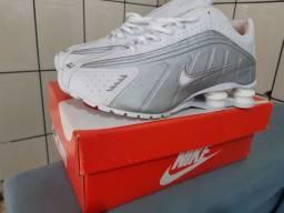 Nike Shox Novo 40