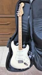 Guitarra Fender Mexicana - novissima