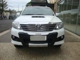 Toyota Hilux SW4 SRV 4X4 Automática 7 Lugares - 2014