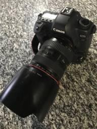 Cânon 5D mark II + 24-70mm + grip