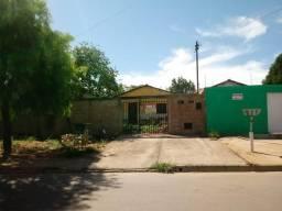 Vende - se Casa 3/4 sozinha no lote- setor Independência Mansoes