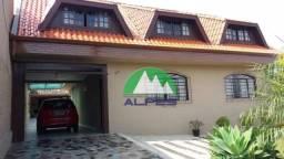 Casa com 4 quartos, aceita apartamento de menor valor