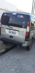 Troco uma doblo em carro com GNV - 2003