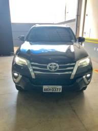 Toyota Hilux SW4 SRX 4x4 2.8 TDI 16V Automatica - 2018