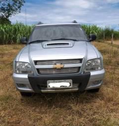 Vende-se Camionete S10 excelente estado de conservação - 2011