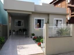 Lu@-Linda Casa 3 dormitórios Ótima localização Rio Vermelho/Floripa;