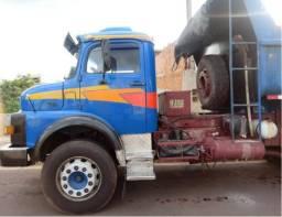 Vende-se caminhão 1518 trucado caçamba - 1987