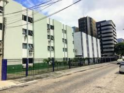 Apartamento quarto e sala próximo ao Maceió Mar hotel P. Verde