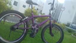Vendo essa bike ou troco em um celular,