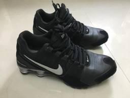 Nike shok 42