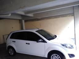 Vendo Ford Fiesta inteiro pra quem é exigente - 2013