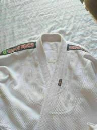 DOIS kimonos JUNTOS por 250 reais