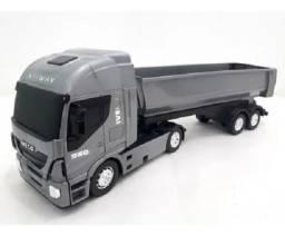 R$49,90 - Caminhão Infantil Iveco