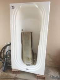 Vendo banheira nova, nunca instalada- R$ 900,00