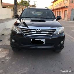 Hilux sw4, 07 lugares, 12/13