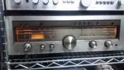 Receiver Luxman Modelo R-1040 (raro)