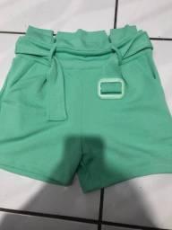 Short estilo chlochard verde