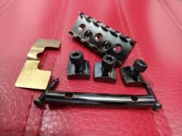 Trava Floyd Rose Gotoh Fgr 2 Fixada Por Cima 41mm Cosmo Black
