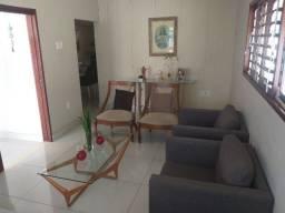 Casa em Miramar com 03 quartos 2 suítes, em excelente localização