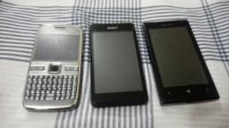 3 celulares usados.