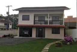 Título do anúncio: Excelente Casa localização privilegiada no Bom Retiro Joinville/SC