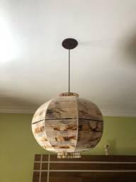 Luminária pendente esférica