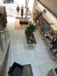 Móveis para loja de roupas