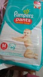 Fraldas Huggies e Pampers Pants
