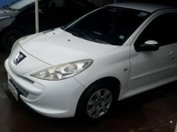 Peugeot  passion 207   1.4 vende ou troca por um carro automático