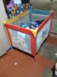 Vendo ou troco por carrinho de bebê