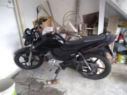 Moto Yamaha 150