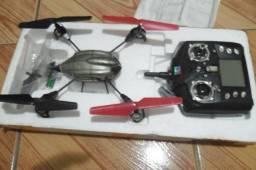 Drone + quatro baterias e assessórios