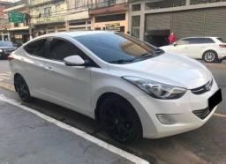 Hyundai Elantra - Novinho